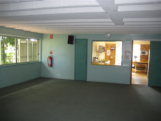 hall-kitchen
